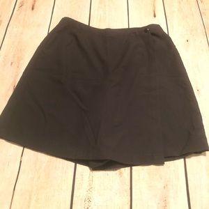 Sag Harbor Women's Black Skorts Size 14
